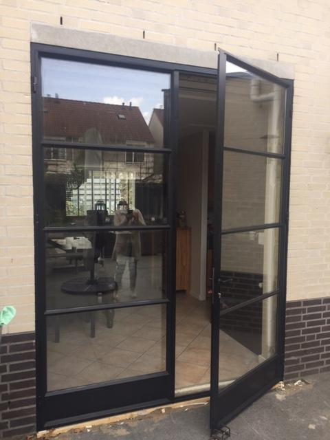 Stalen buitendeuren for Klinken voor binnendeuren